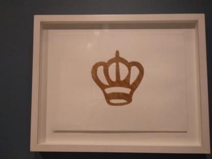 ליאור גרייד, ללא כותרת, כתר, 2012, חוט זהב על נייר
